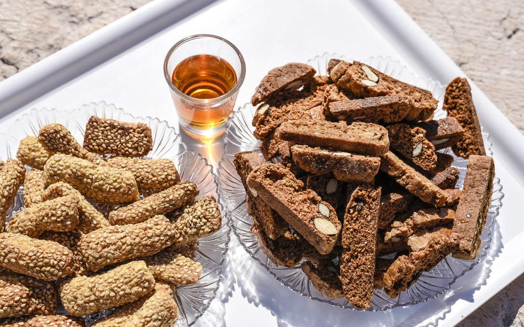 Dolci Tipici Eoliani: Scopri i Biscotti Tipici delle Isole Eolie